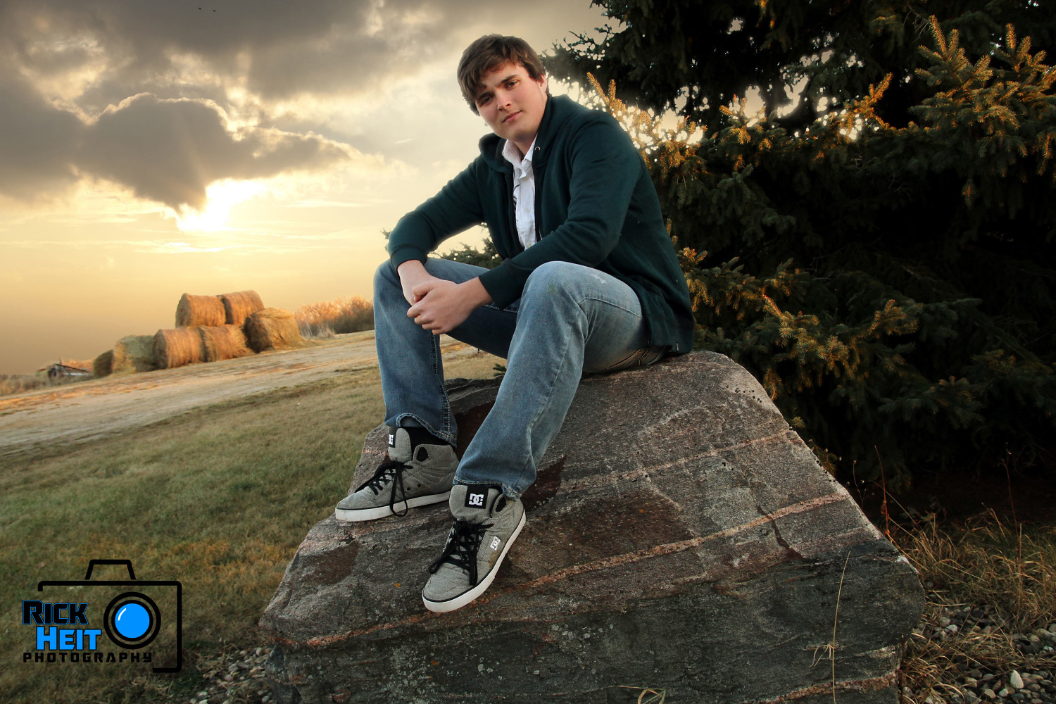 Ian Minot Senior Pictures 3